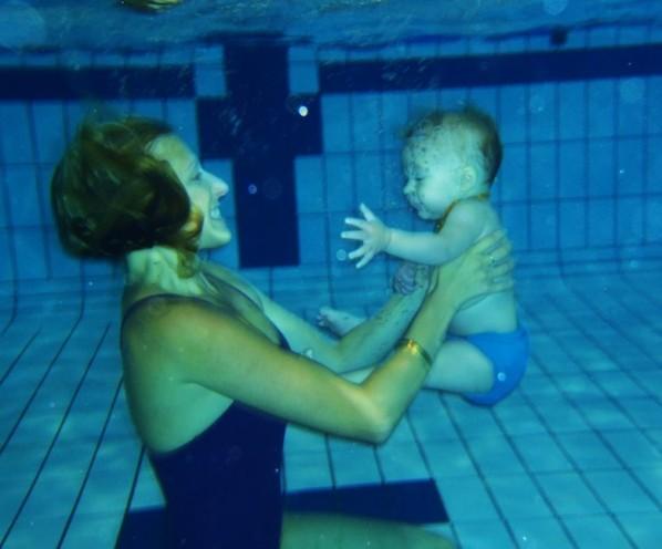 nat-dans-piscine1